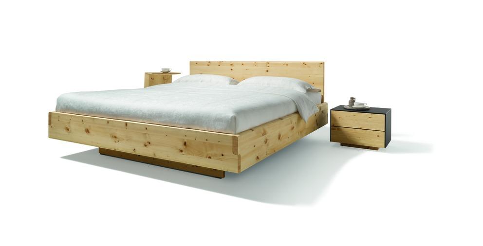 Das grüne Bett von TEAM 7 - Wohnwiese Jette Schlund